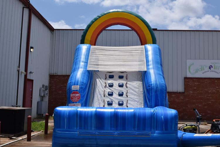 Water Slide w/splash pool